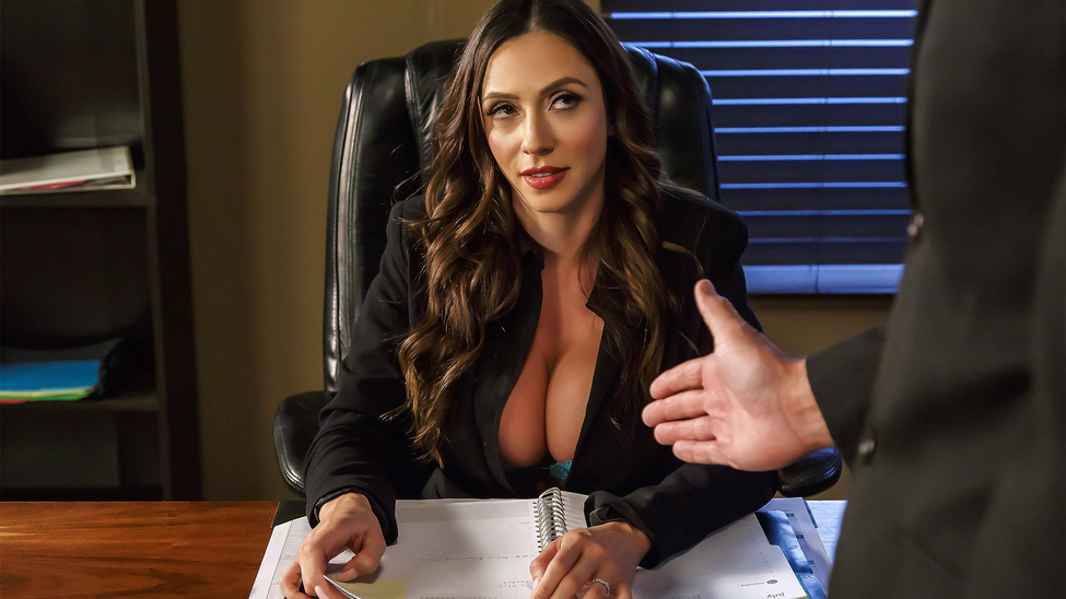 Ariella Ferrera in Fellatio From The She-E-O