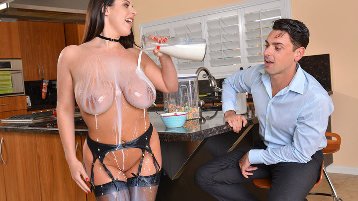 Angela White in American Daydreams