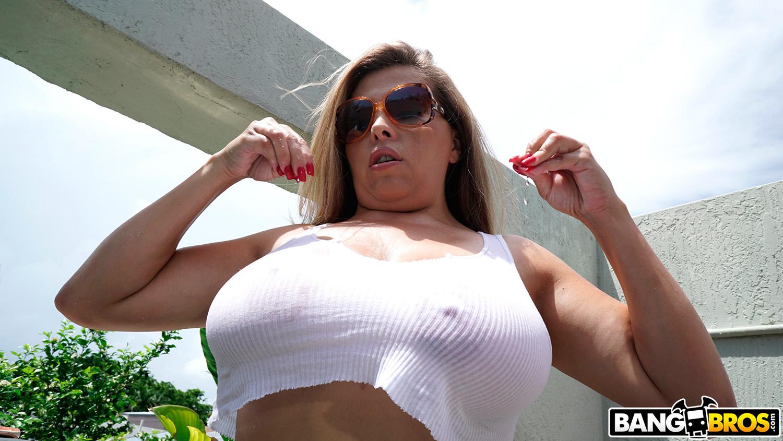 Alessandra Miller