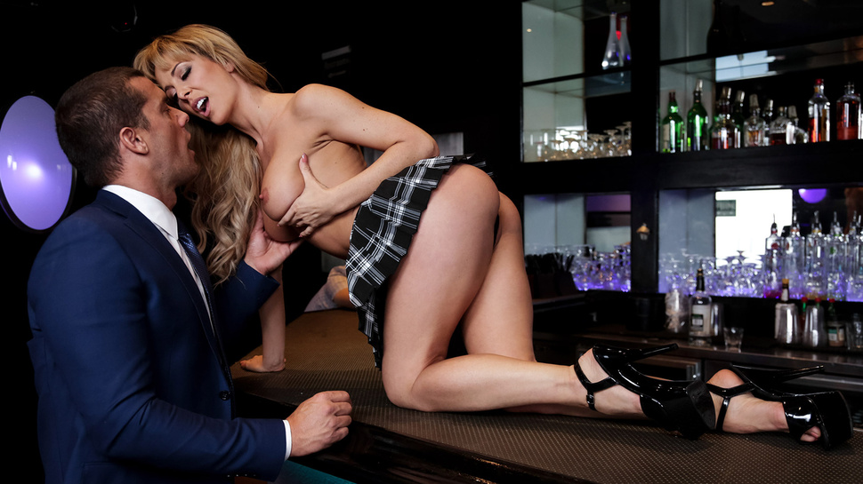 Cherie Deville in Dive Bar Anal