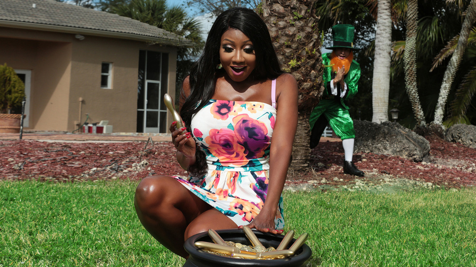 Diamond Jackson in A Pot of Golden Dildos